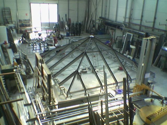 Το ιδιόκτητο εργοστάσιο κατασκευής κουφωμάτων αλουμινίου Ζέρβας βρίσκεται στο Πλατάνι Πάτρας